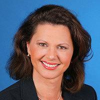 Porträt der Bundesministerin für Ernährung, Landwirtschaft und Verbraucherschutz Ilse Aigner