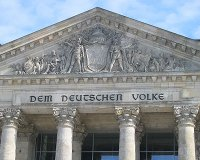 Giebel des Reichstages