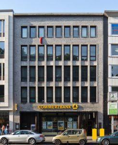 Büro- und Geschäftshaus mit Commerzbank im Untergeschoss